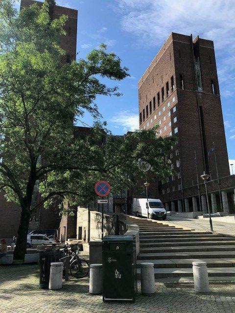 Finbin CitySolar - Smart avfallsbeholder, Oslo Rådhus