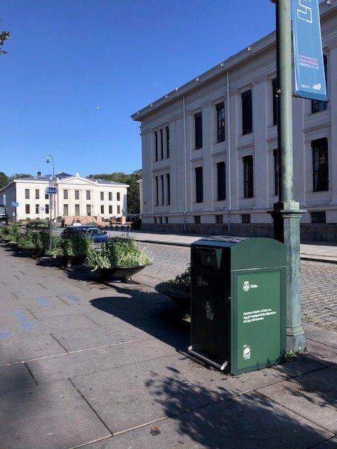 Finbin CitySolar - Smart avfallsbeholder, Karl Johan